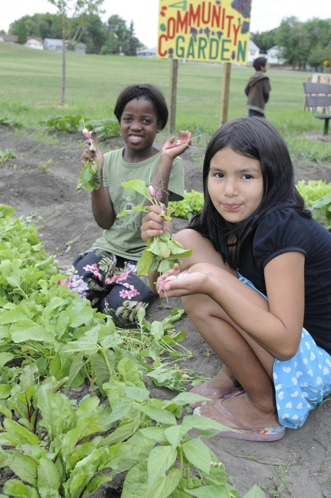 Community Gardens_Two girls_CHEP