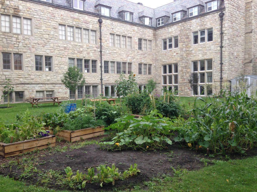 Gardens_Univ